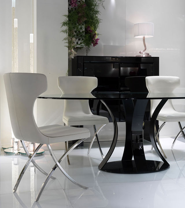 Barrique Dining Table