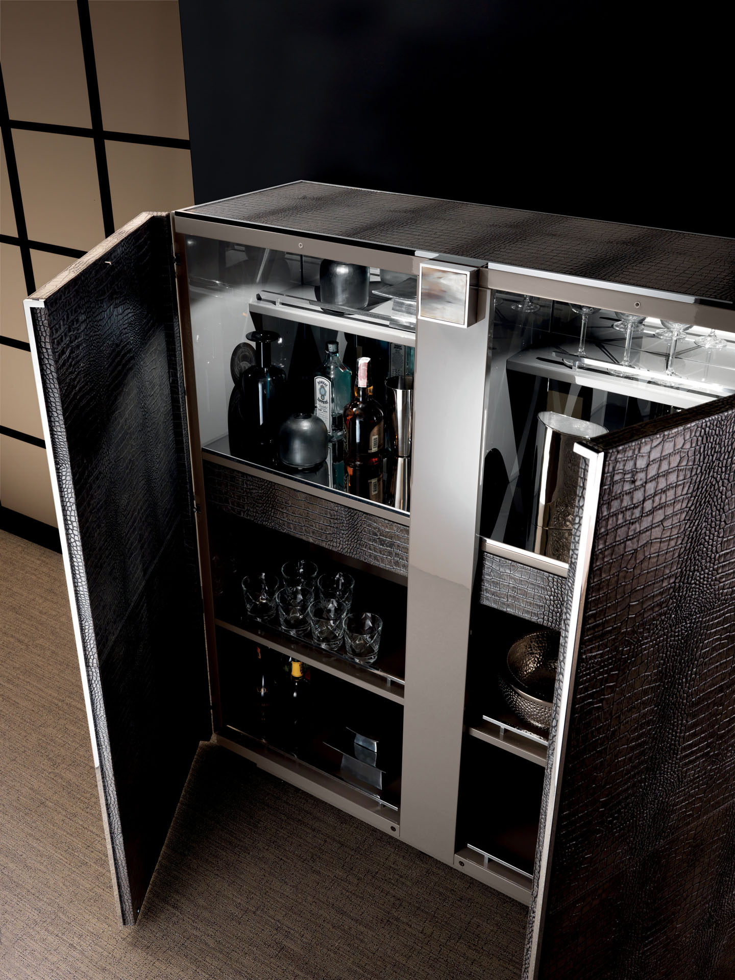 Dresscode Bar Cabinet