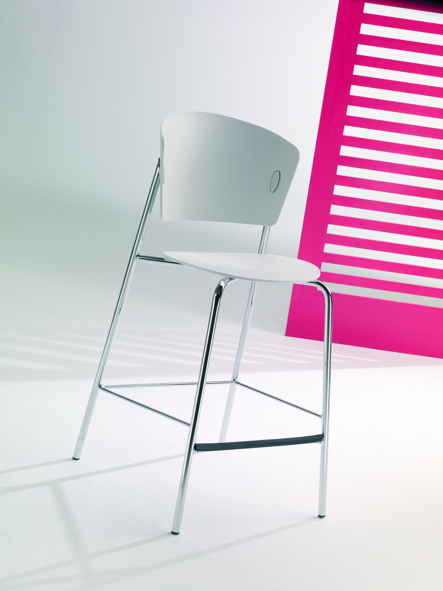Gio Bar Chair
