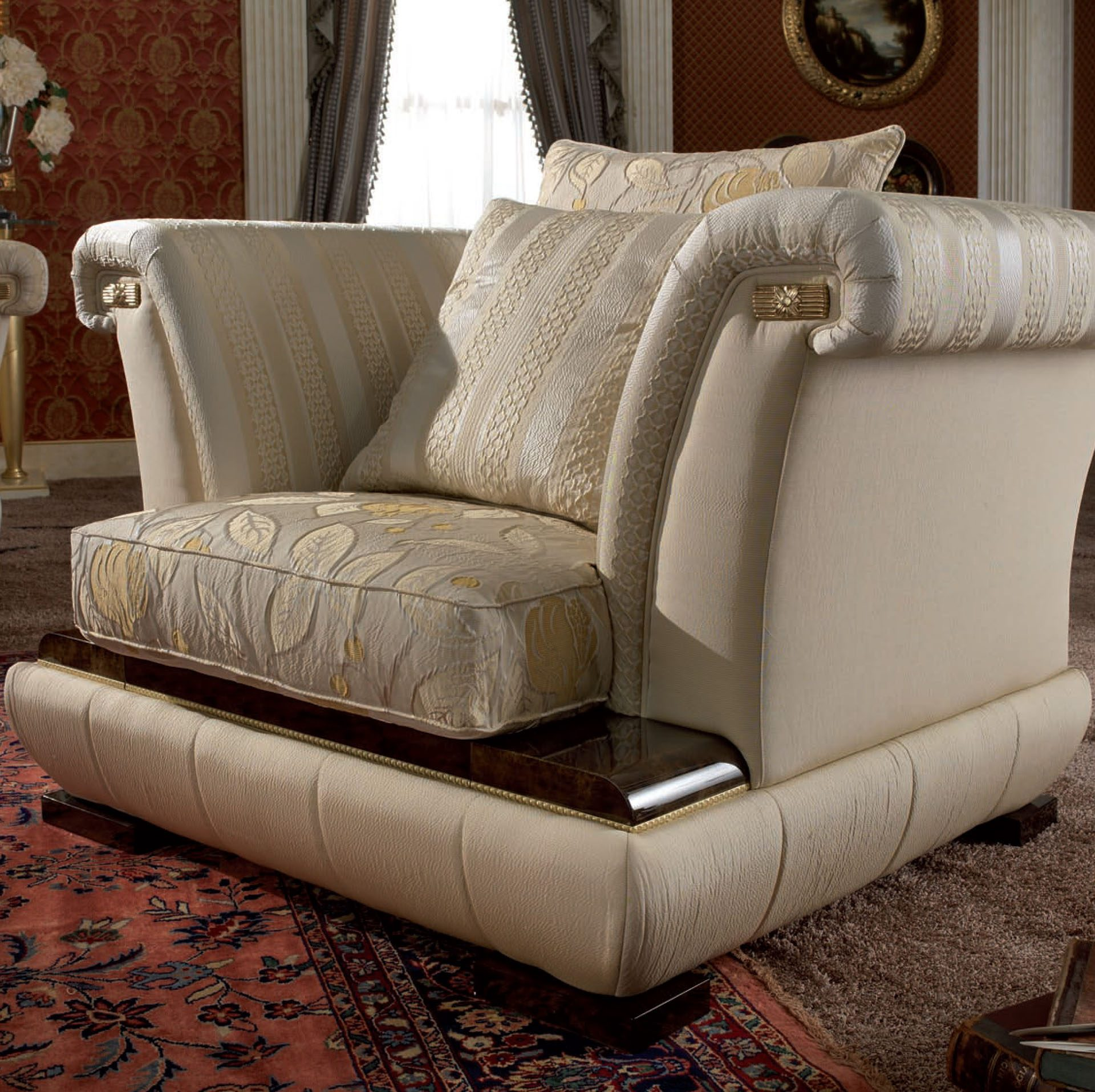 Lexus Occasional Chair