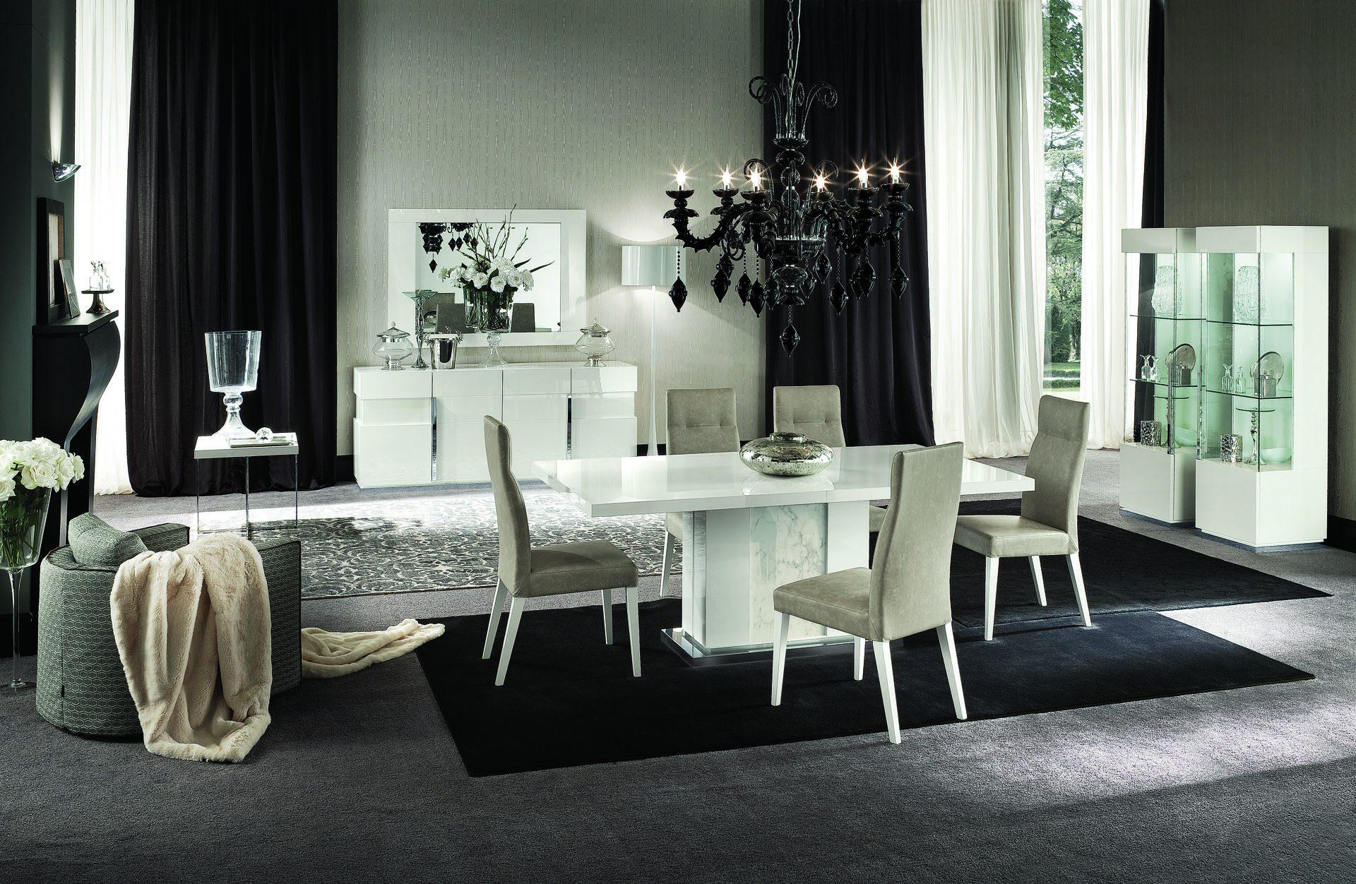 Canovana Dining Table