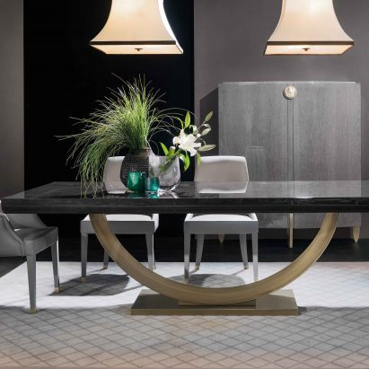 Fashion Affair Dining Table