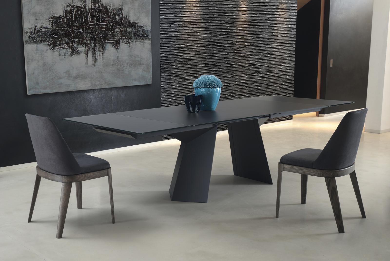 Fiandro Dining Table