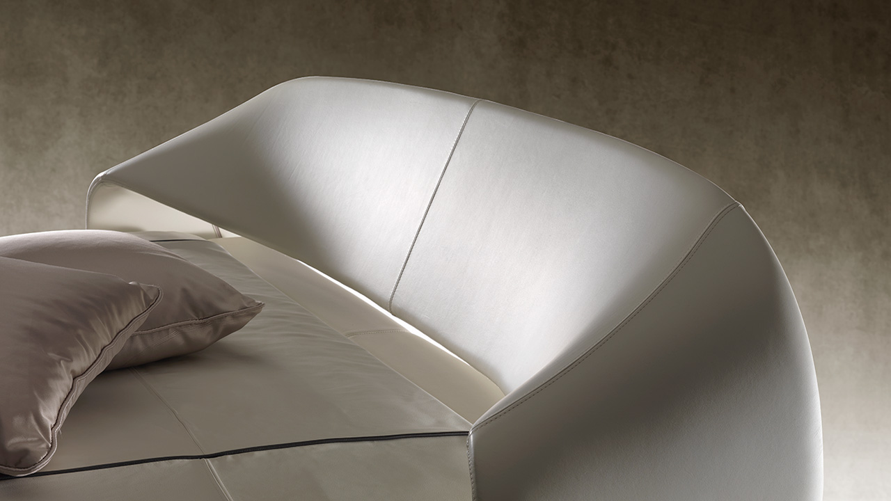 Nuvola Bed