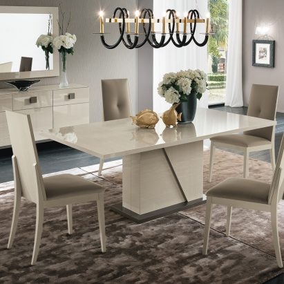 Monte Blanca Dining Table