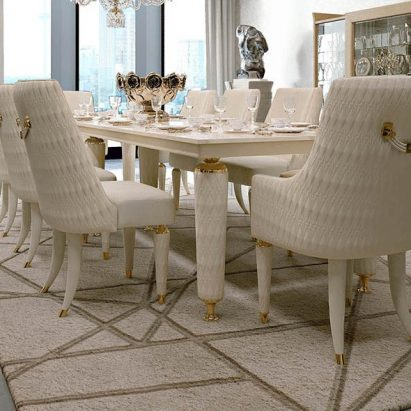 Numerotre Dining Table