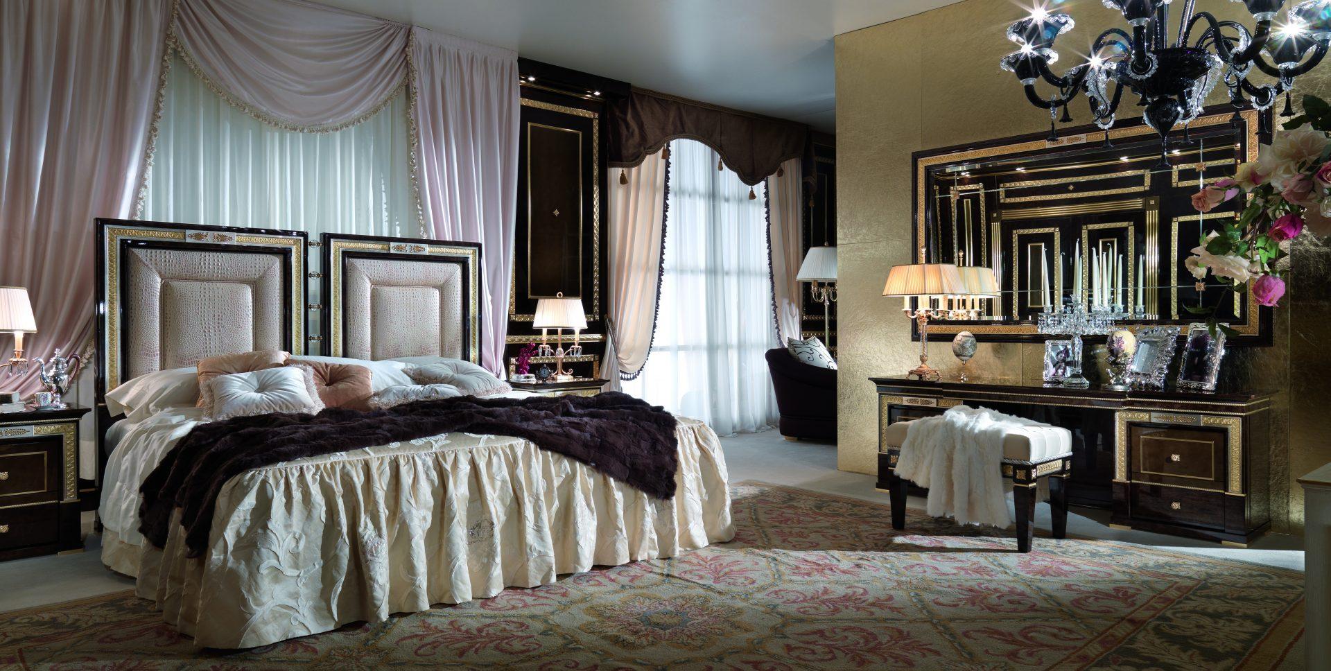 Arcade Royale Bed
