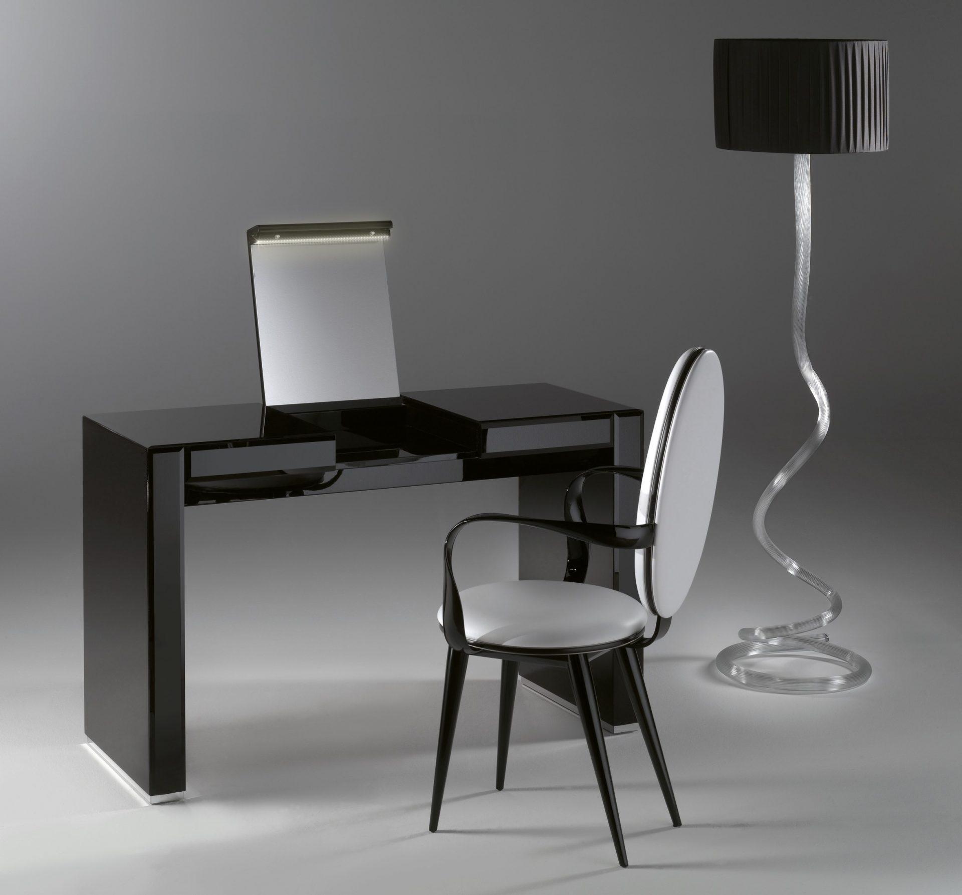 Avantgarde Vanity Desk
