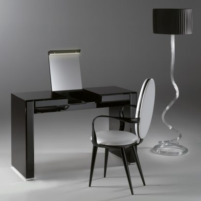 Avantgarde Vanity Desk