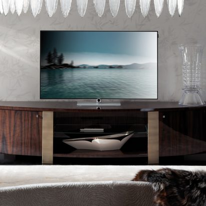 Coliseum TV Unit