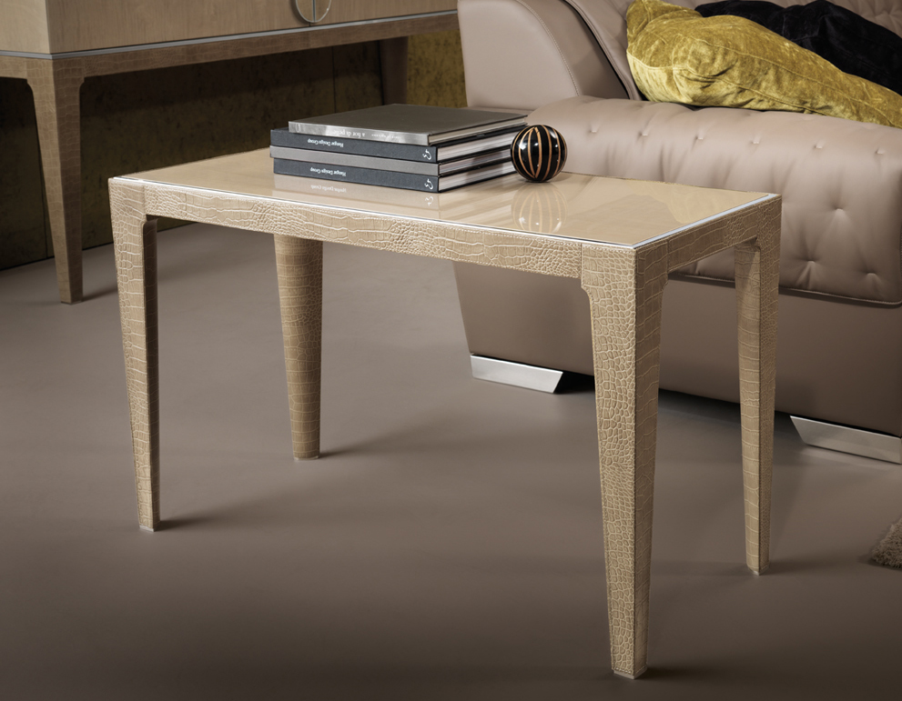 M Place Side Table