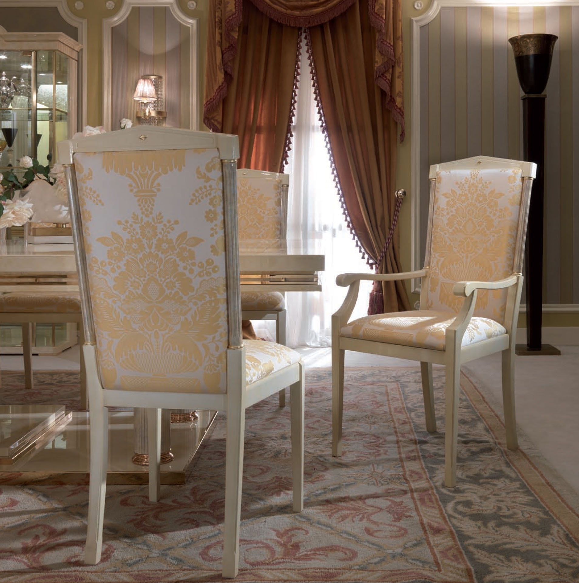 Magna Plus Dining Chairs