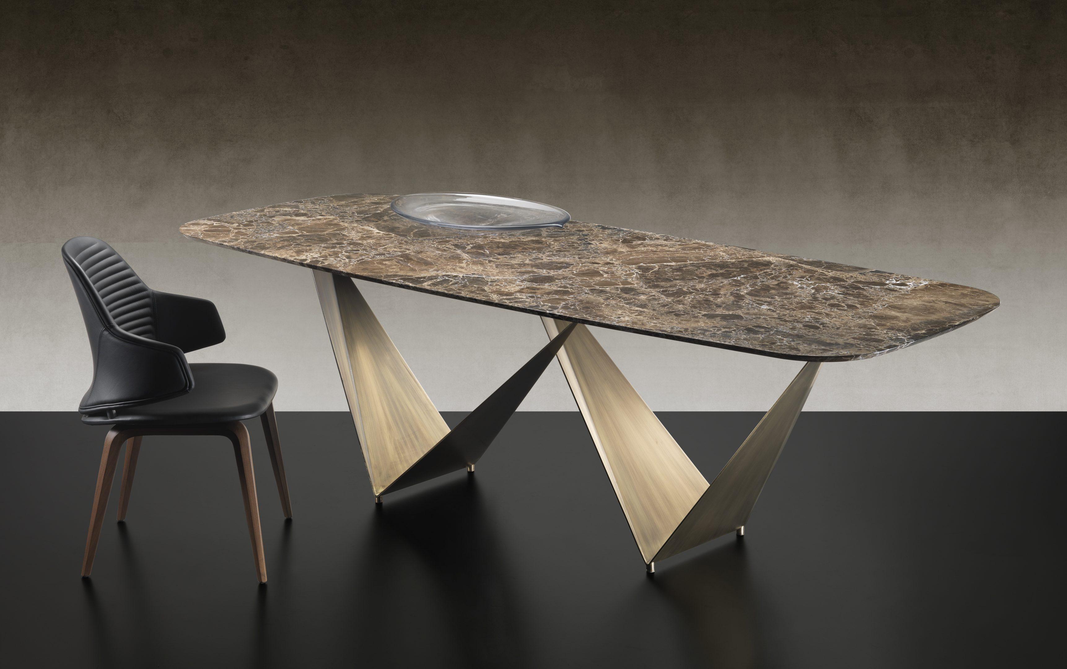 Prizma Dining Table