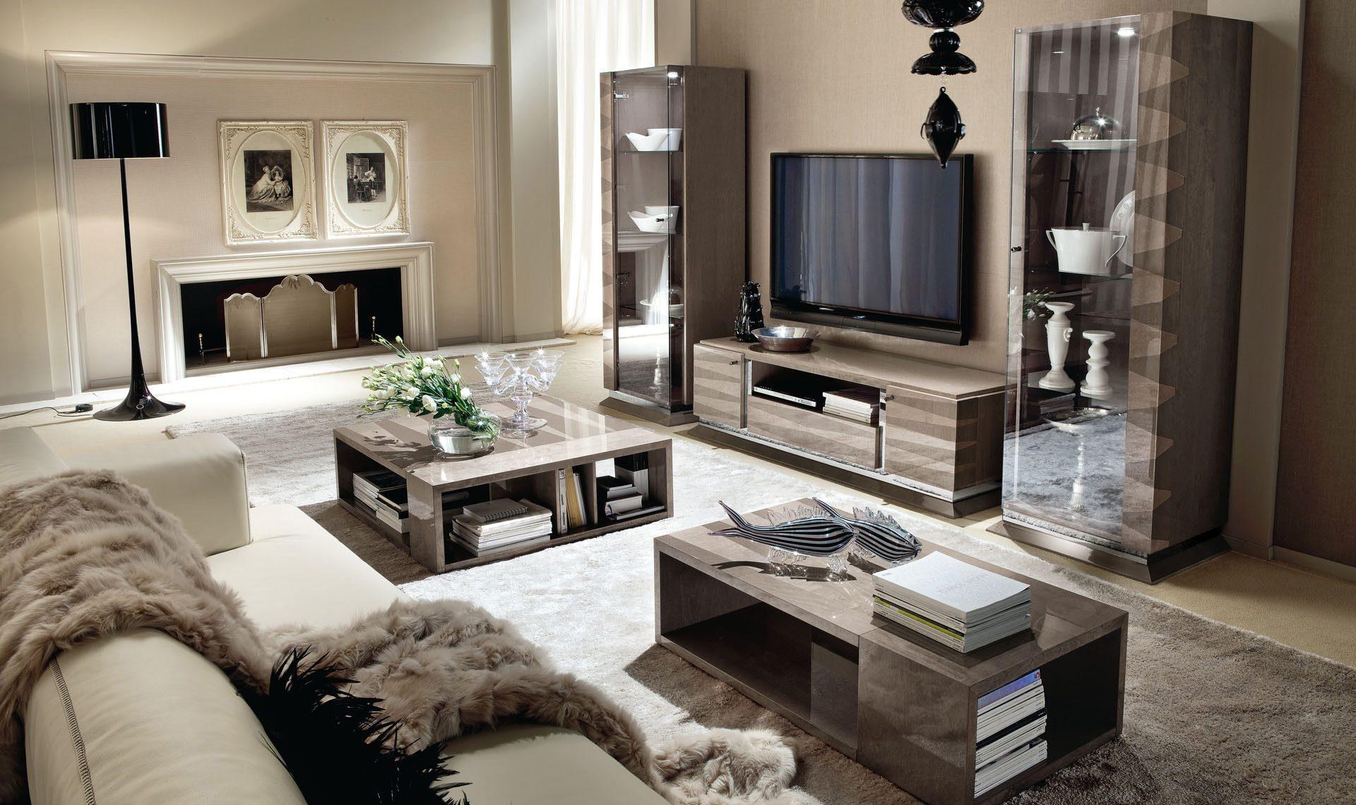 Monarch TV Unit