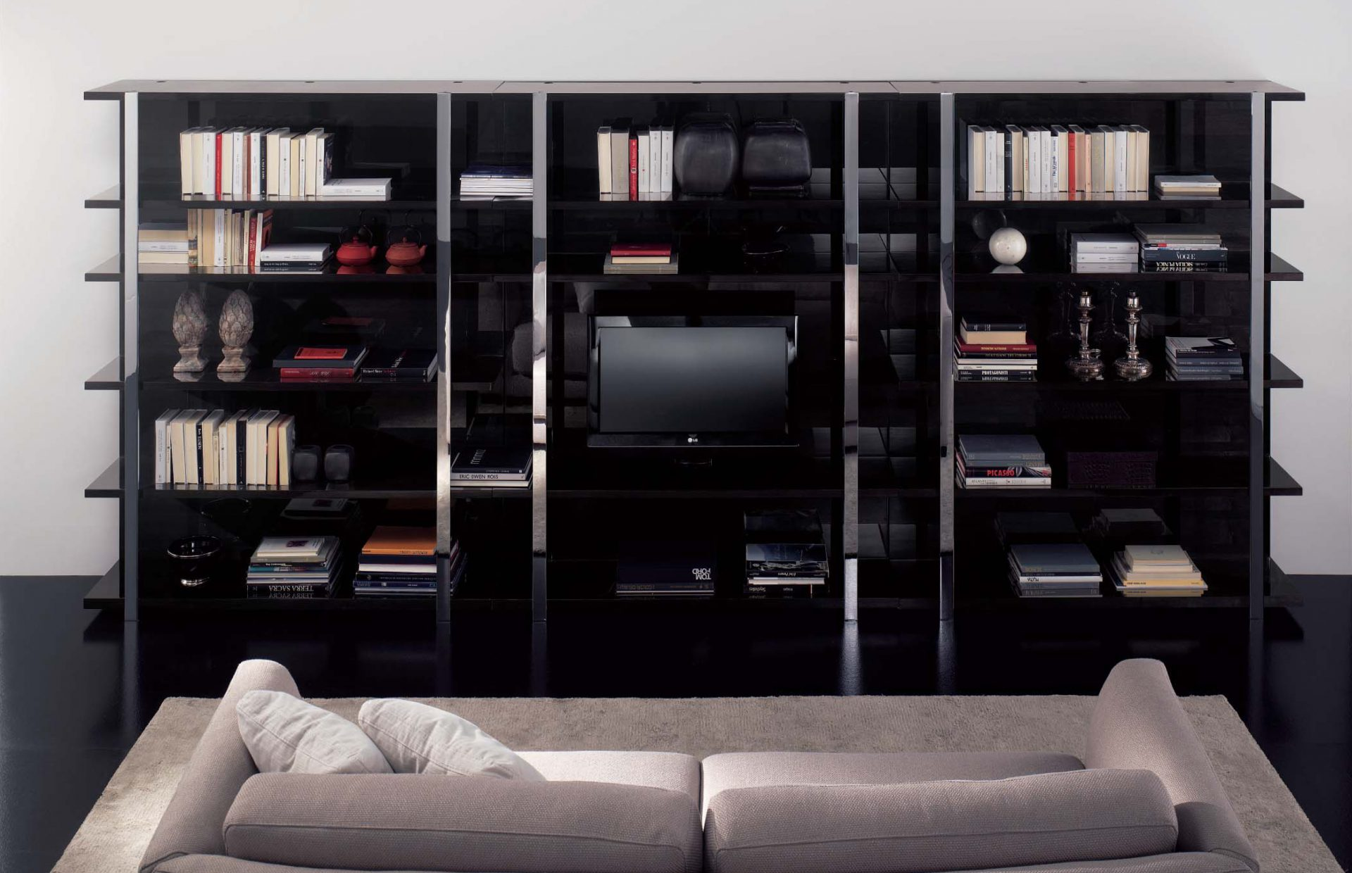 Solitaire TV Wall Unit