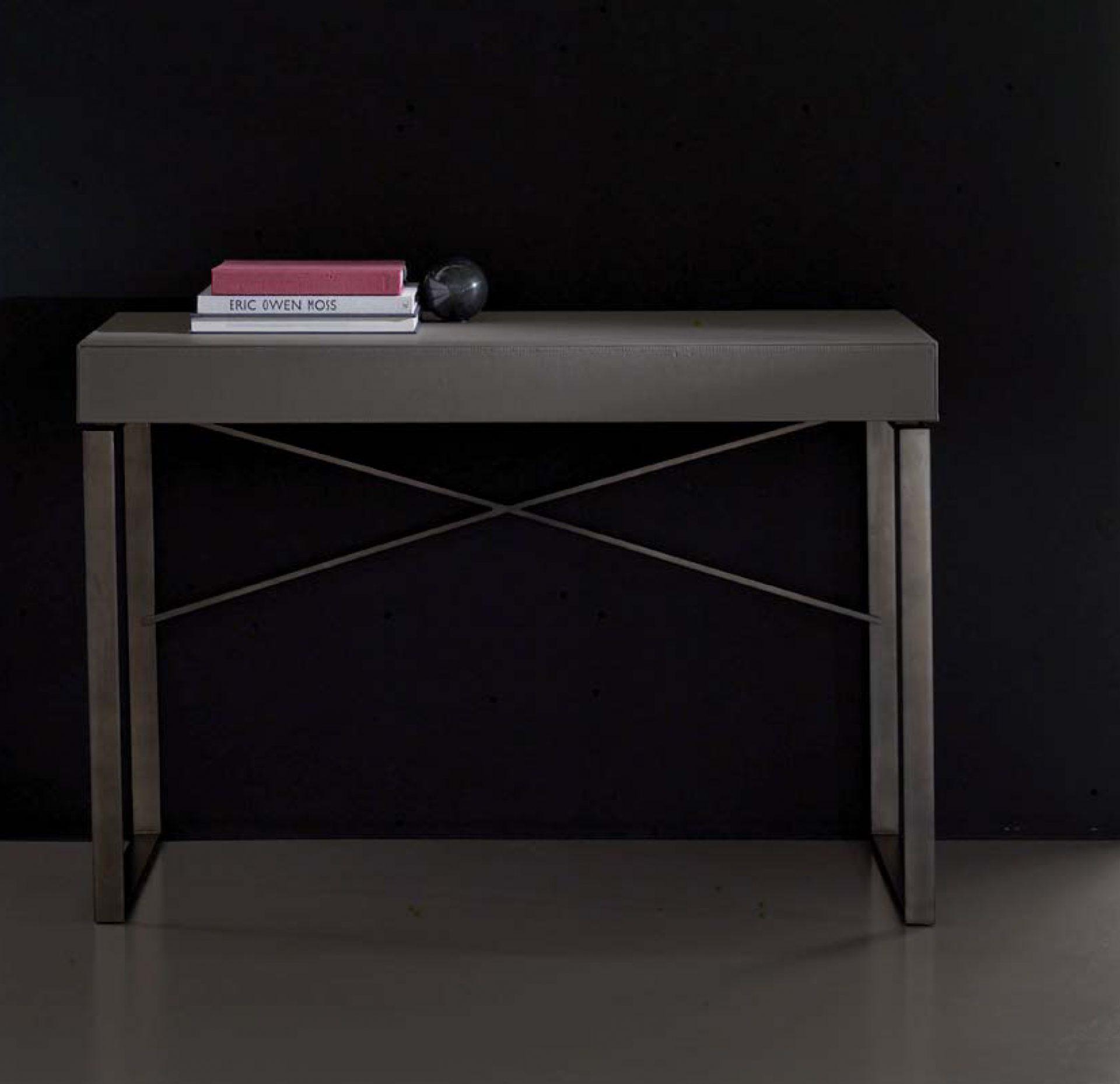 Solitaire Vanity Desk