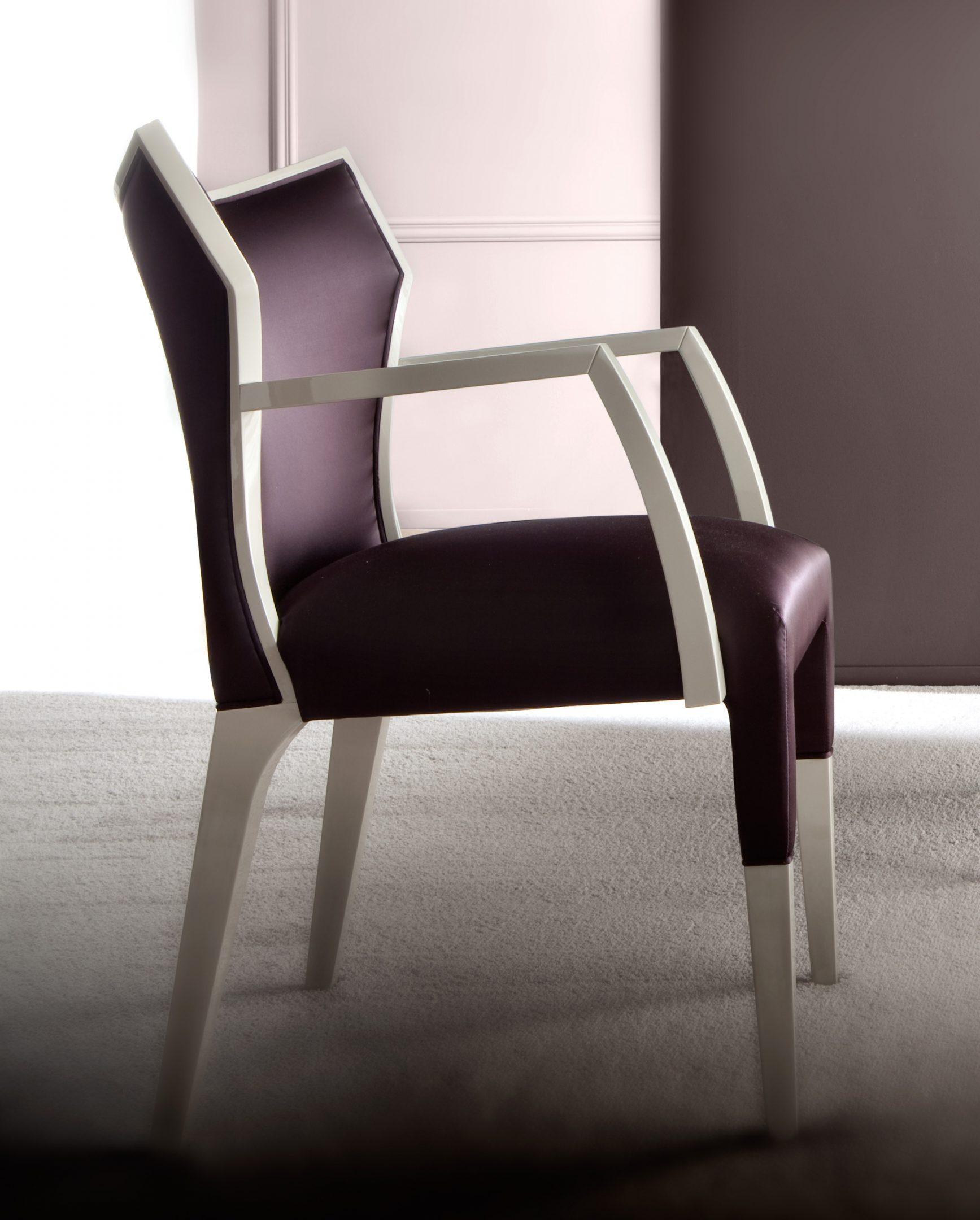 Villa Dining Chairs