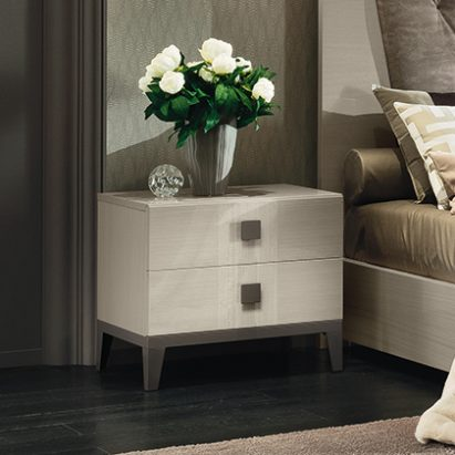 Monte Blanca Bedside table