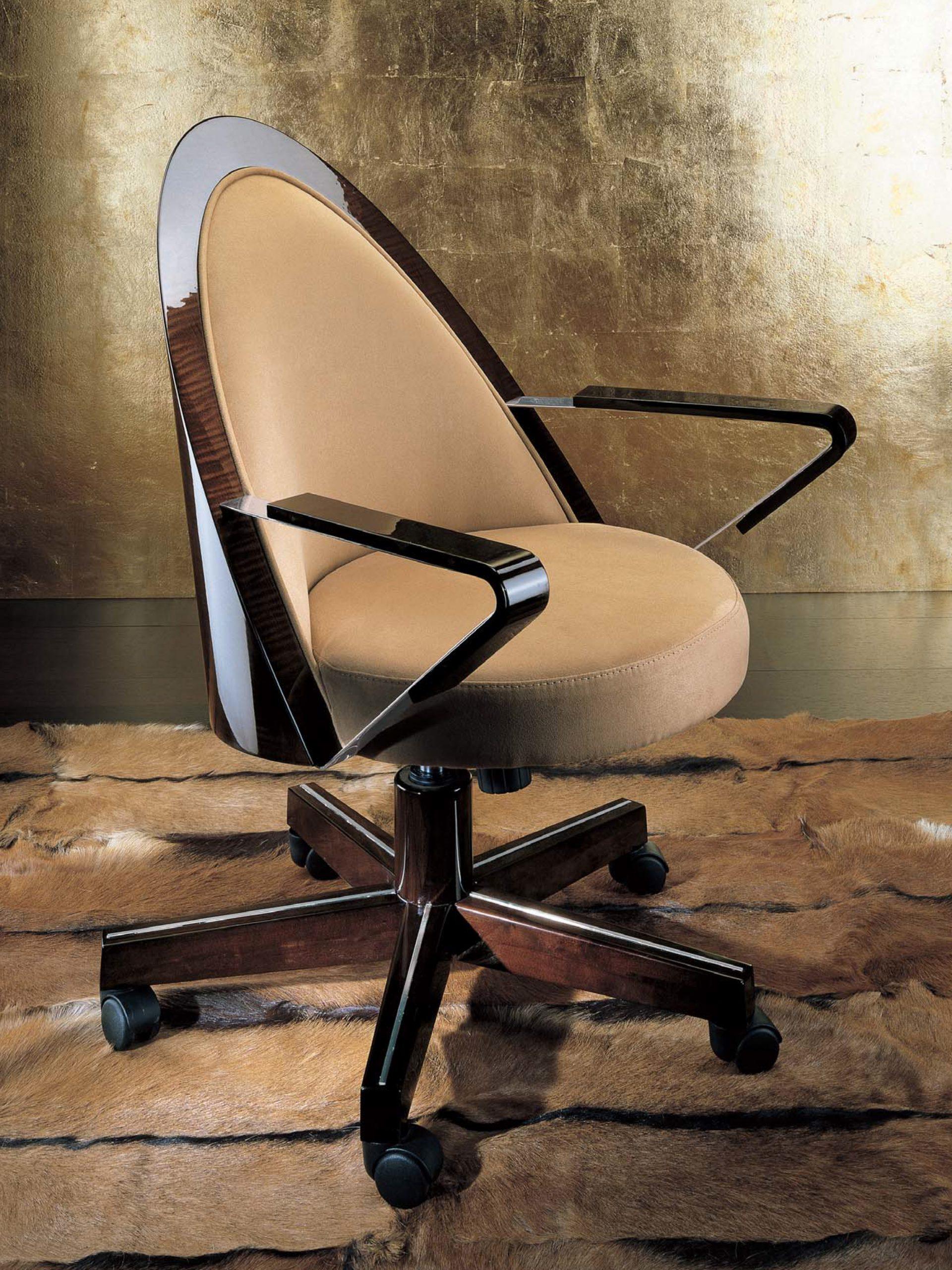 Monte Carlo Executive Chair