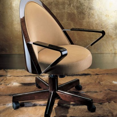Monte Carlo Executive Chair