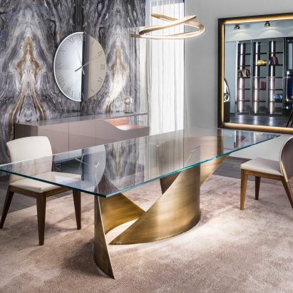 Vela Dining Table