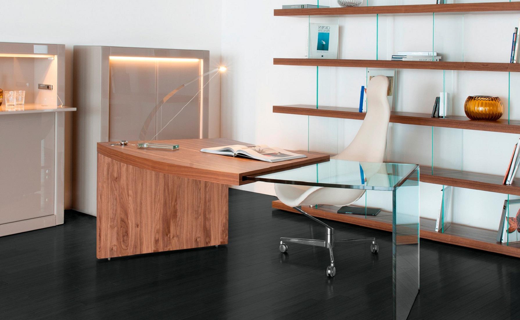 Pegasus Executive Desk