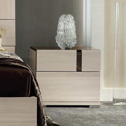 Theodora Bedside table
