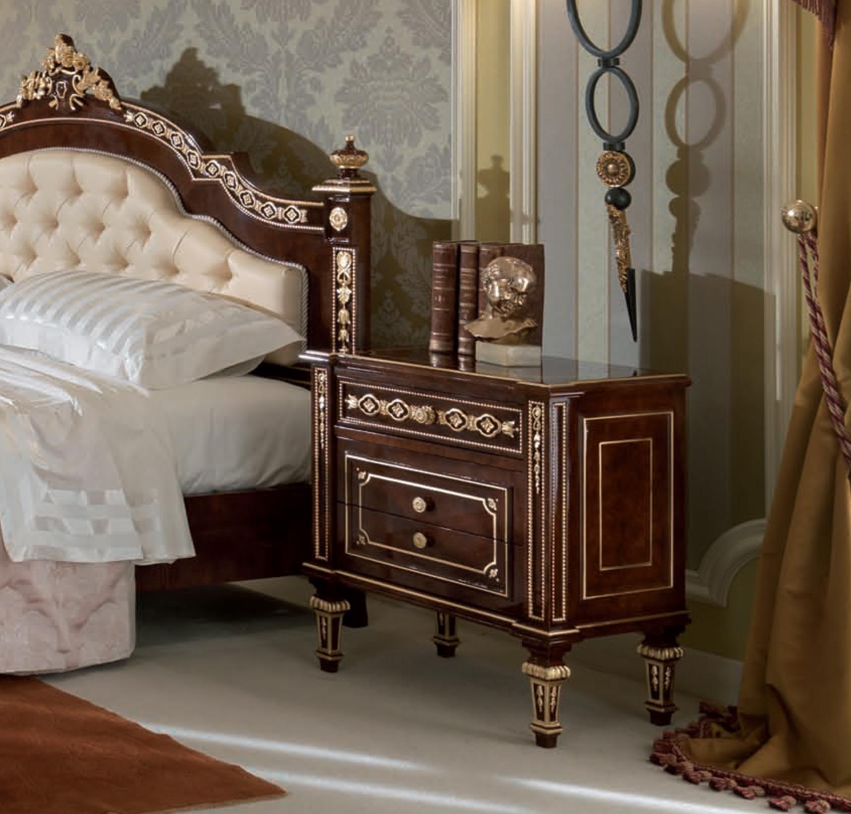 Aida Bedside Table