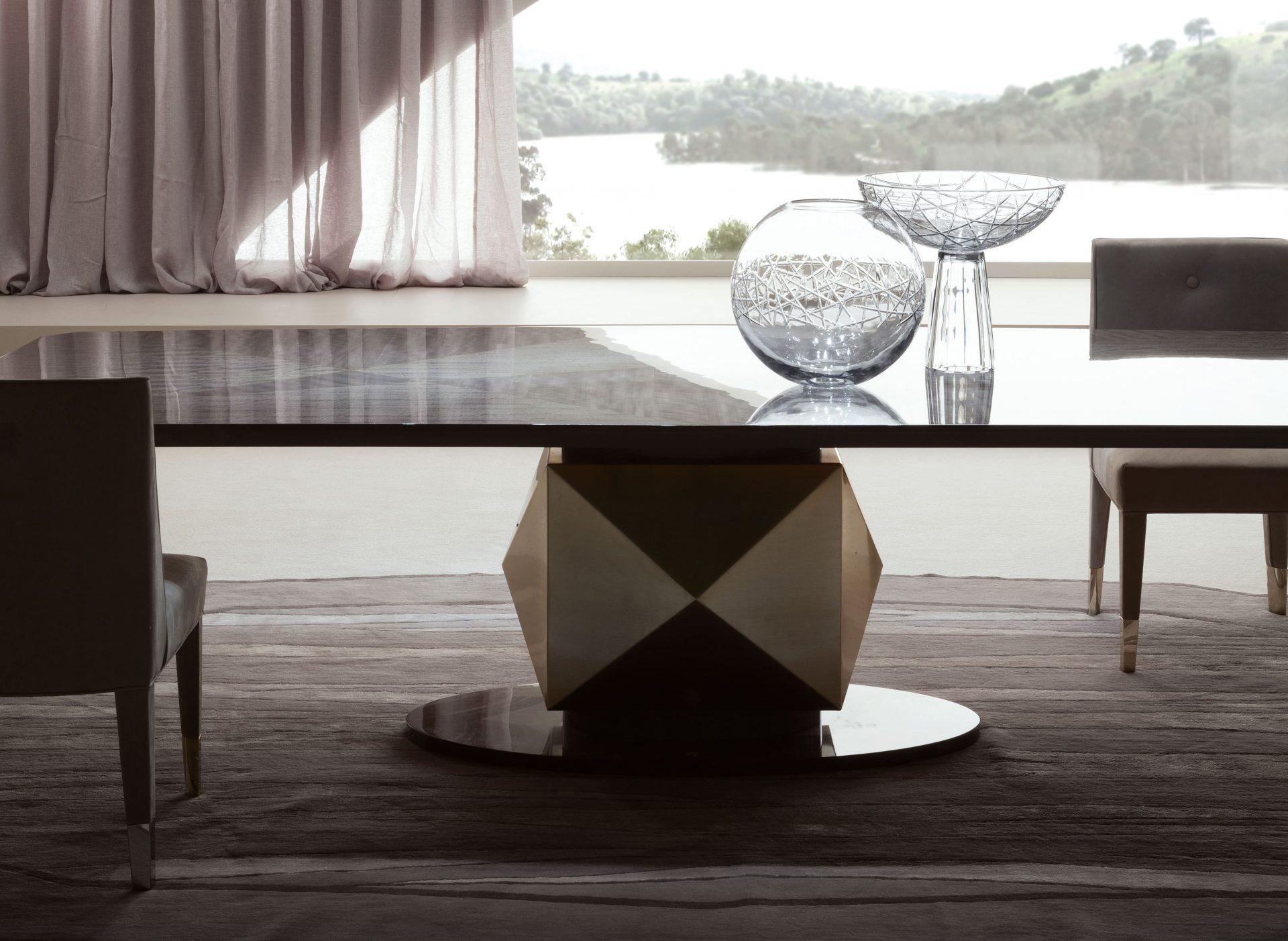 Infinity Alysa and Elettra Vase