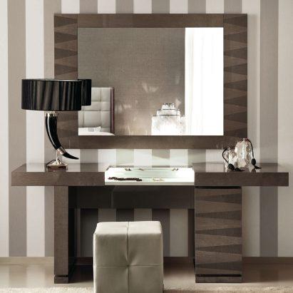 Monarch Vanity Desk