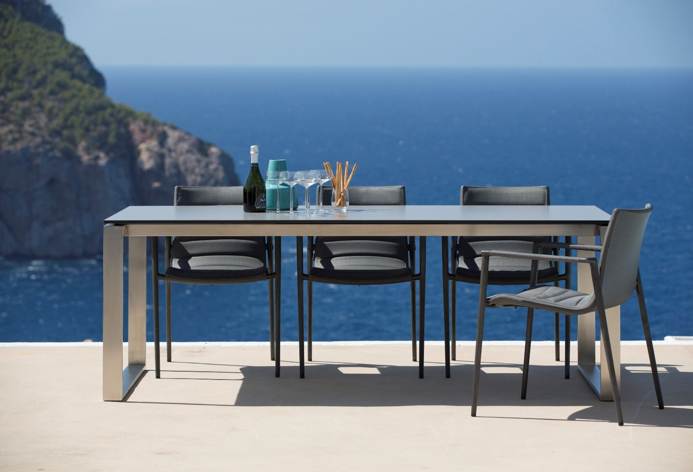 Edge Extension Dining Table