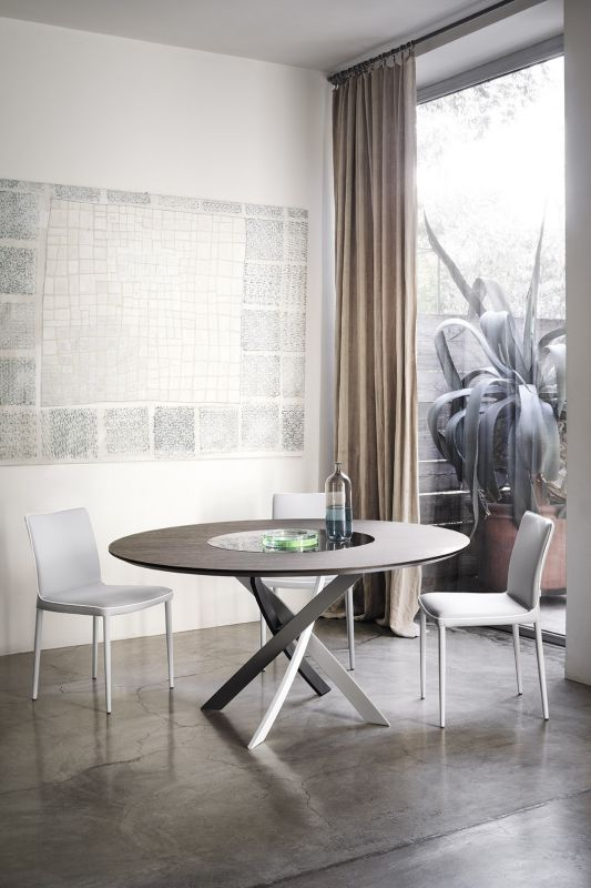 Artistic Round Dining Table
