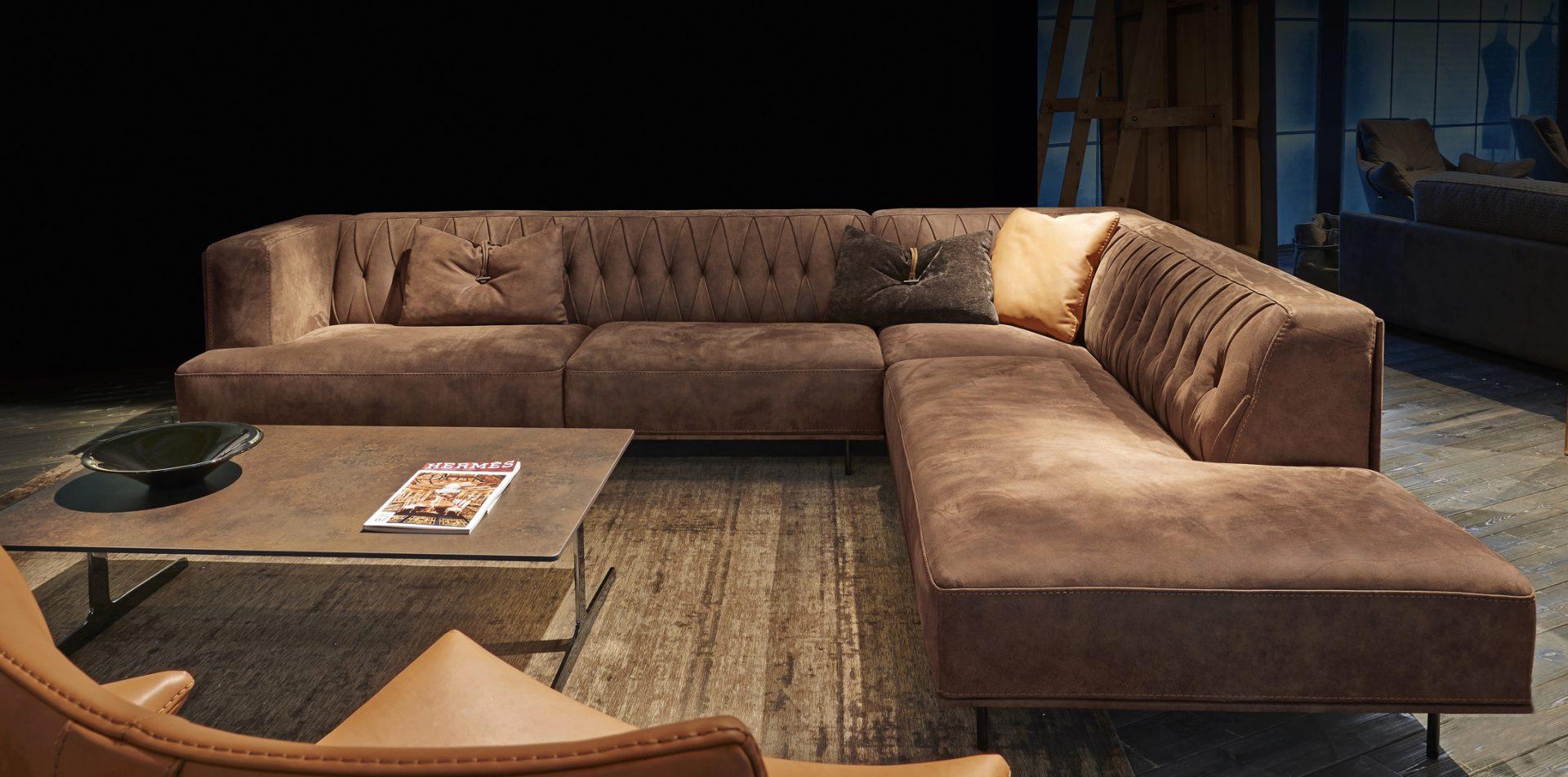 McQueen Lounge