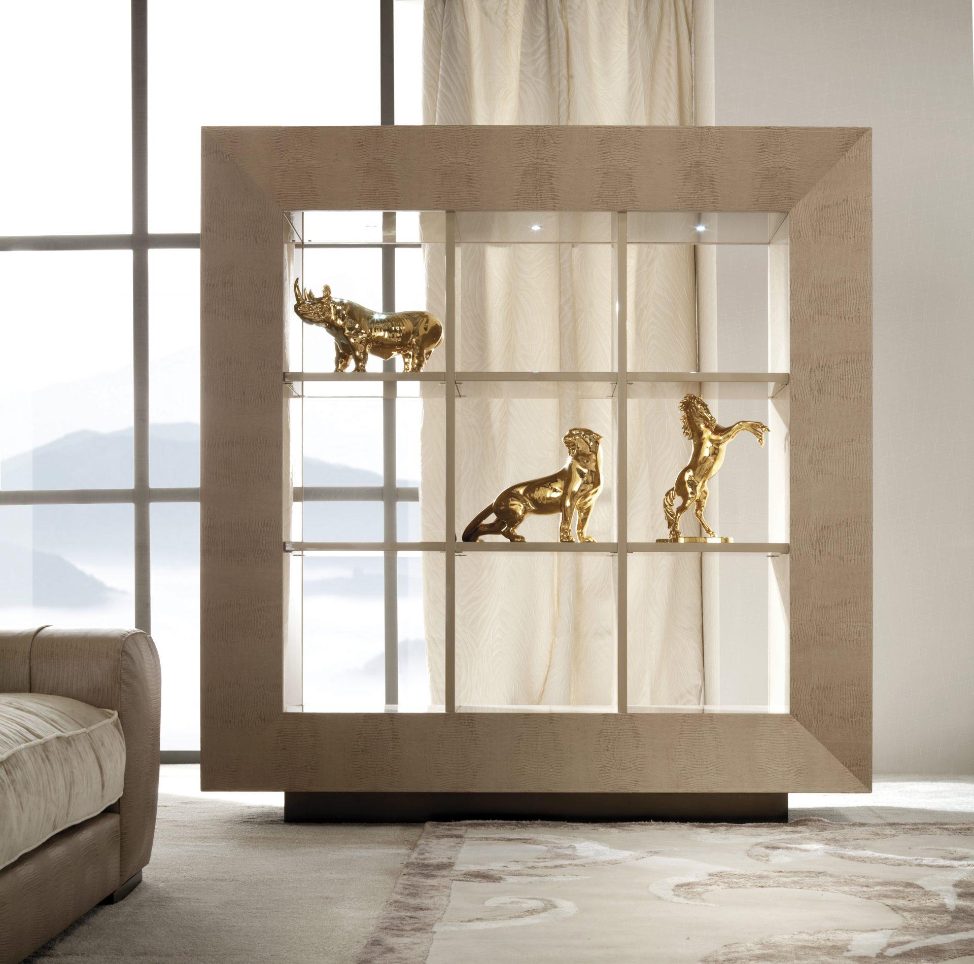 Lifetime Bifacial Display Cabinet