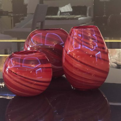 Red Vases Set