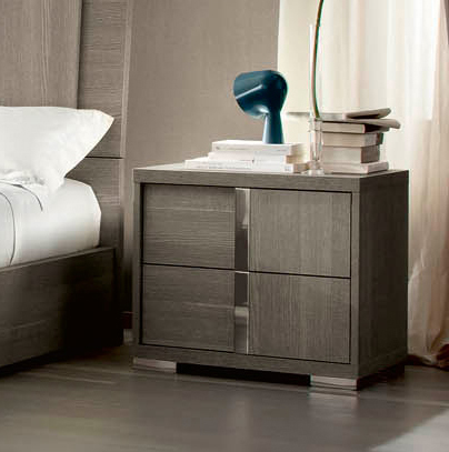 Tivola Bedside Table