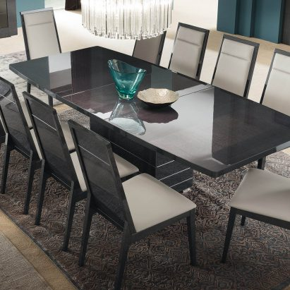 Versalie Rectangular Dining Table