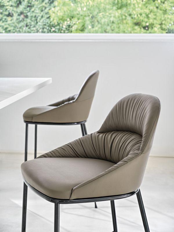 Queenie Bar Chair