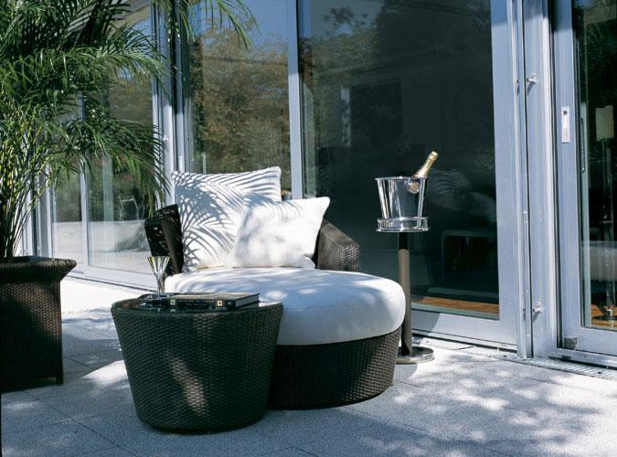 Outdoor – Eden Roc White Chaise Lounge
