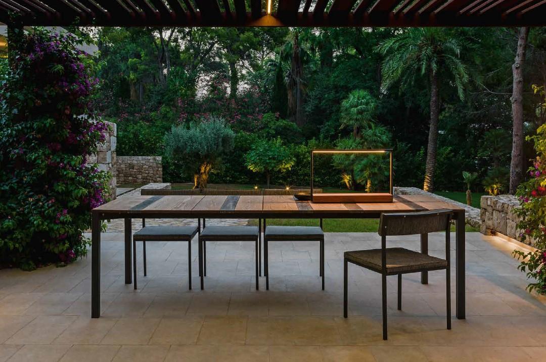 Casilda Dining Table